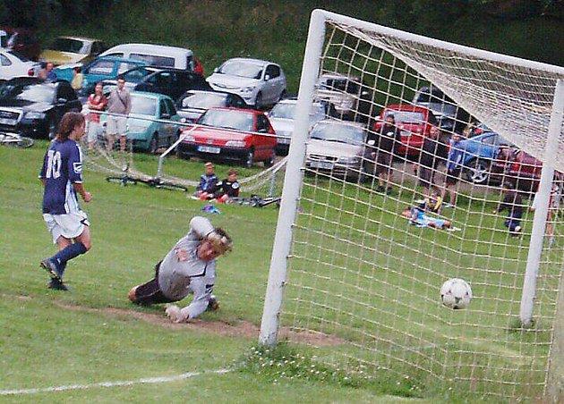Fotbalové utkání: TJ Kladruby – S. Kšice 0:3