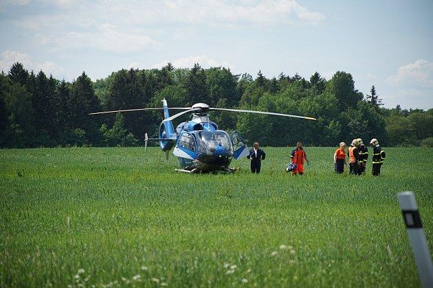 Před Ctiboří došlo kvážné dopravní nehodě osobního vozidla.