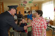 Sportovní klub České policie Tachov rozdělil mezi drobotinu dvacet tisíc korun