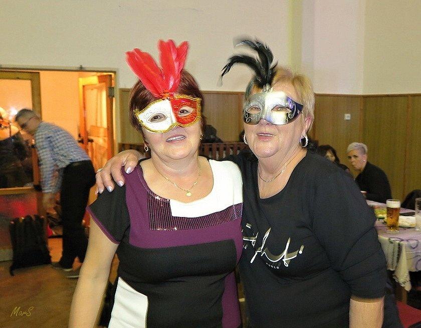 Loni v únoru se konal jubilejní 10. ples Stříbrských ostrůvků.