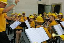 Dechový orchestr hrál ve Švihově a v Thumu.