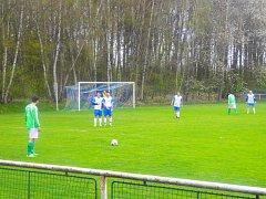 V Konstantinových Lázních hrálo Staré Sedliště, zápas skončil 4:2 ve prospěch domácích.