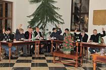 Zastupitelé města Stříbra se sešli, aby schválili rozpočet pro rok 2011.