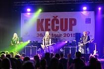 V rámci 30 let tour 2015 zahrála kapela Kečup i ve stříbrském kulturním domě.