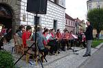 První promenádní koncert se konal v neděli na stříbrském náměstí.