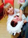 Anna Junková se narodila 5.listopadu v 15:30 s váhou 3700g a výškou 50 cm ve Stodské nemocnici. Na fotce se sestřičkou Viktorkou.