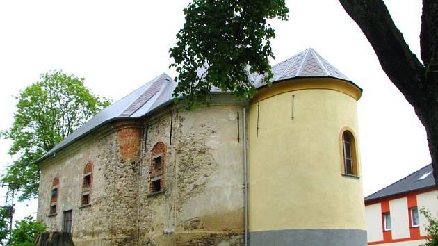 Kostel Sv. Václava v Rozvadově.