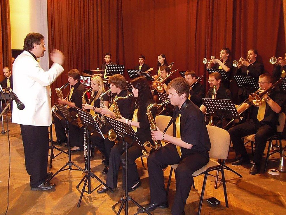 Přehlídka mládežnických orchestrů se konala v sobotu ve stříbrském kulturním domě.