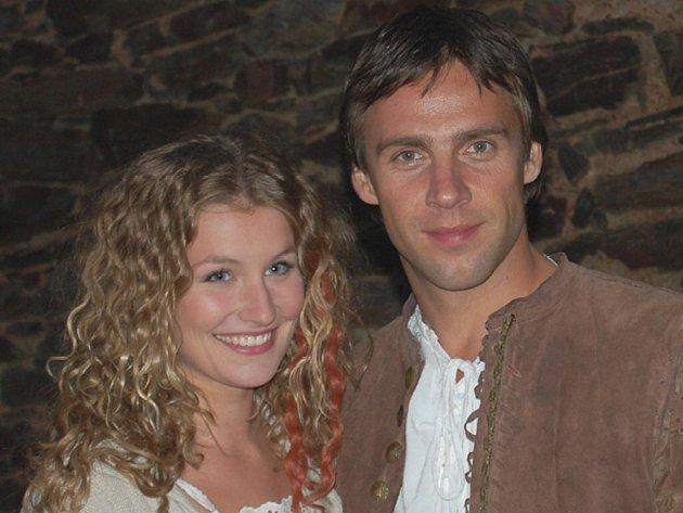 Hlavní role v pohádce O uloupené divožence, která se točila také na Gutštejně, hrají Roman Vojtek a Hana Marková.