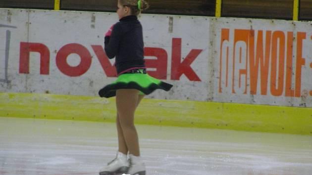 Lázeňského poháru se zúčastnily krasobruslařky Kraso Tachov a vedly si velmi dobře.