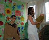 Velikonoční besídka připravená klienty a zaměstnanci Domova pro osoby se zdravotním pojištěním Milíře