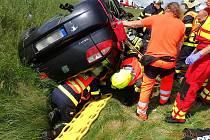 Střet dvou osobních aut u Brodu nad Tichou