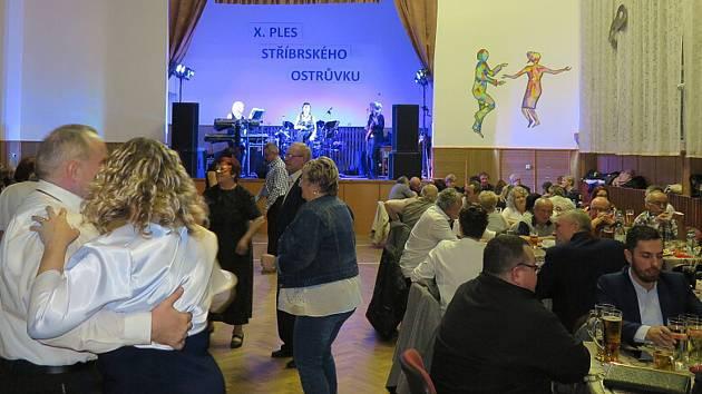 Ples Stříbrských ostrůvků.