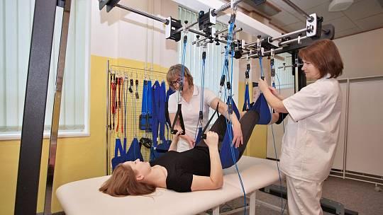 Rehabilitační systém je variabilní pro řadu obtíží.