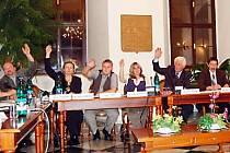 Vyhláškou, zabývající se veřejným pořádkem, se stříbrští zastupitelé (na snímku) budou znovu zabývat na říjnovém zasedání.