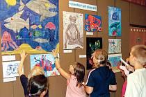 Mezi návštěvníky festivalu byly také děti, které si prohlédly vítězné práce Mezi návštěvníky festivalu byly také děti, které si prohlédly vítězné práce