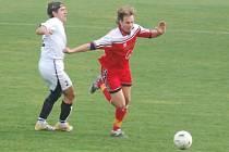 Fotbal– 1. A třída: TJ Rozvadov – Keramika Horní Bříza 1:1 (1:0, Roháč – Beneš)