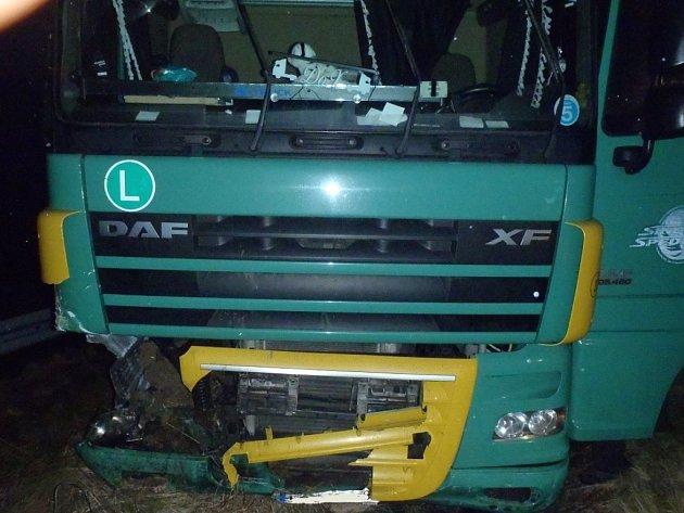 Při nehodě kamionu nebyl nikdo zraněn.
