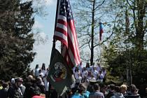Pietním aktem u památníku americké armádě začaly v pondělí na Tachovsku oslavy osvobození a ukončení druhé světové války.
