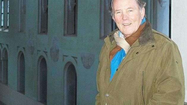 Kníže Alfréd VI. Windischgrätz v tachovské jízdárně, kterou nechal postavit jeho praprapradědeček.