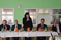 Ministryně práce a sociálních věcí Michaela Marksová-Tominová zavítala na Tachovsko, aby zjistila, co trápí právě naše spoluobčany.