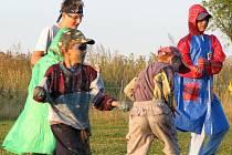 Na závěr prázdnin uspořádali v Cebivi pro děti pudinkovou válku.