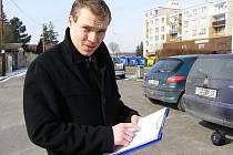Že se z práce promotéra vyklube prodejce kosmetiky, to mi neřekli, uvedl Petr Kasal.