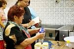 Po tom, co mají domácnosti na talíři dnes a co jedli obyvatelé Tachovska v minulosti, pátrají výzkumníci v našem regionu.