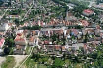 Letecký pohled na město Planá.