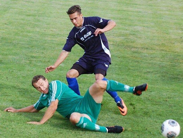 Premiéra v přeboru Rozvadovu nevyšla, Kolovečtí byli nad jejich síly, vyhráli 0:4.