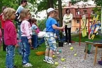 Děti sbíraly sedm teček pro berušku