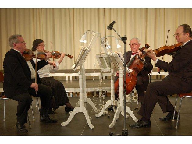 Kvarteto Allegro při svém nedělním vystoupení v Tachově