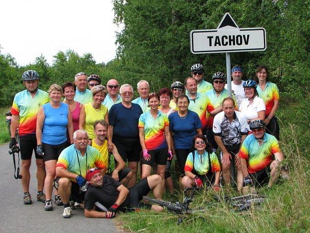 Cyklisté ze západočeského Tachova navštívili další dva Tachovy.