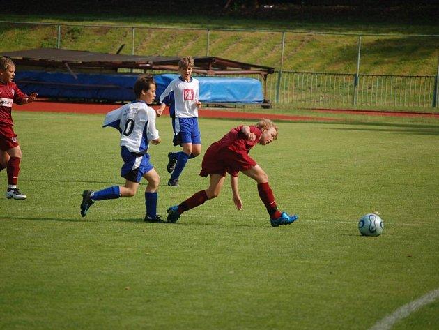 Divize mladších žáků – předehrávka: FK Tachov – Sparta Praha B 1:4 (1:4)