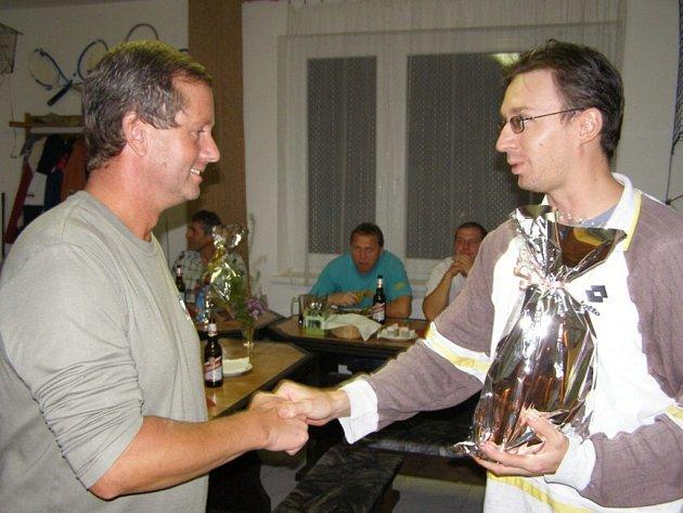 Tenisté  ve Stříbře zakončili sezónu přátelský turnajem a vyhodnotili nejúspěšnější hráče roku.
