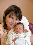Před narozením sestřičky Julinky hladil tříletý Kubíček Kopolovič ze Ctiboře maminku po bříšku a prosil jí, aby už vyšla ven. Julinka (2,97 kg/46 cm) se narodila rodičům Pavlíně a Jiřímu 18. července v 7.25 hod. ve FN v Plzni.