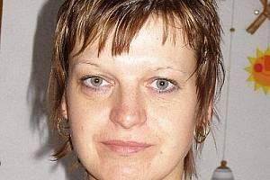 """Michaela Důlková, 35,  Stříbro:  """"Slavila se Velká říjnová revoluce. Vzpomínám si, že vždycky od zdejšího stadiónu chodil lampiónový průvod, který končil na náměstí. Tam se pak slavilo."""""""