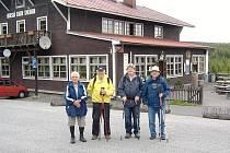 Po loňském přechodu Krkonoš zvládlo kvarteto důchodců z Tachovska přejít i Jizerské hory.