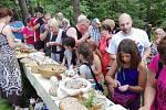 Letošní počasí Chlebomáslovým slavnostem přálo. V Záhoří se sešlo hodně návštěvníků.