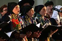 Třetí adventní neděli zavítal do jízdárny ve Světcích Chodský soubor z Mrákova.