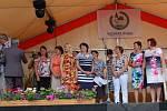 Zlatou stuhu a ocenění Vesnice roku Plzeňského kraje v sobotu odpoledne oficiálně převzala obec Konstantinovy Lázně.