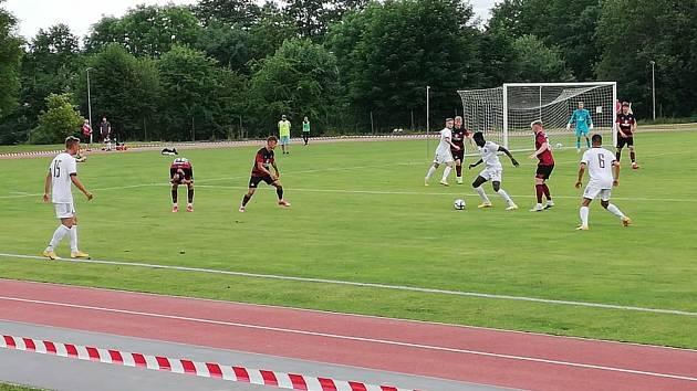 Sparta Praha B (v bílém) - Norimberk U23 4:1.