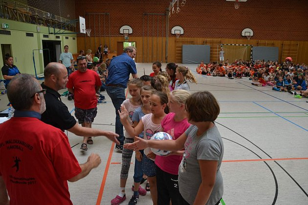 Výprava na tradiční turnaj do Německa byla úspěšná, děvčata přivezla do Tachova dvě medaile.