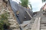 Schodiště prochází celkovou rekonstrukcí.