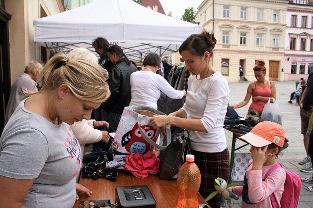 Charitativní bazárek pomůže opuštěným psům z Útulku U Šmudliny Tachov.