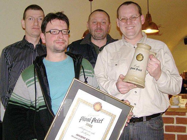 Strůjci stříbrského úspěchu. Ředitel Martin Pangrác, majitel David Ryba a sládci Milan Šíp a Petr Hála (zleva).