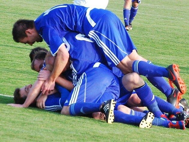 Fotbal-divize: FK Tachov-FK Hořovicko 4:1