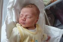 Prvorozeného Matěje (3,59 kg, 51 cm) přivítali na světě maminka Anna Krýslová a tatínek Petr Krýsl ze Stříbra. Chlapeček se narodil 8. září ve 3:45 ve Fakultní nemocnici v Plzni.