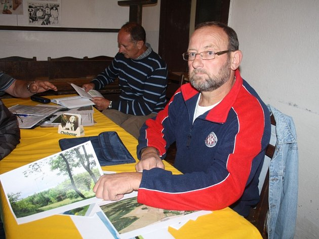 Josef Weigl z Dolní Vísky patří k těm, kteří s větrnými elektrárnami u Olbramova nesouhlasí