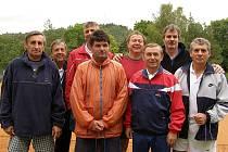 Na kurtech Baníku Stříbro se uskutečnila obnovená premiéra tenisového turnaje veteránů